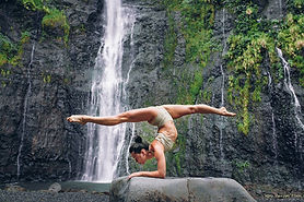 Natalia handstand.jpg