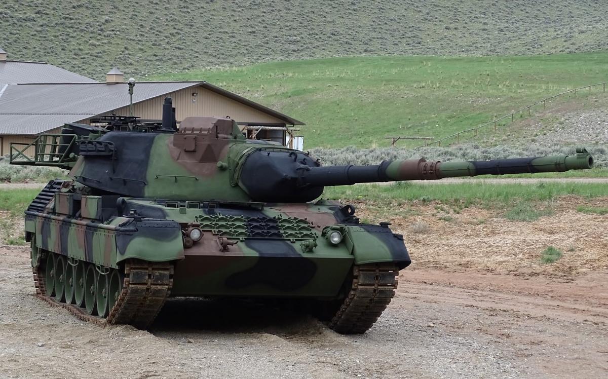 LEOPARD-1-A5-MBT-USA-1 Cropped.jpg