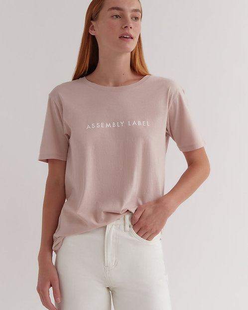 ASSEMBLY LABEL | Logo Tee | Pink Clay