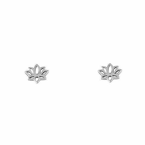 MIDSUMMER STAR | Dainty Lotus Studs