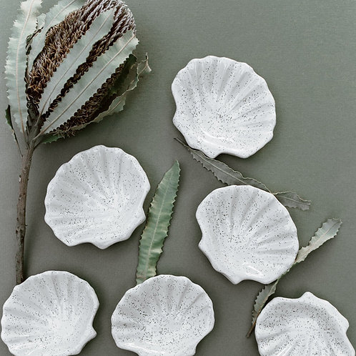 THE CLAY SOCIETY | Shell Trinket Dish | Speckled White