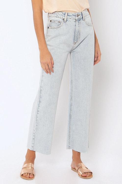 AMUSE SOCIETY | Gabi Crop Flare Jeans | Sunfade