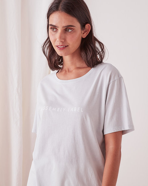 ASSEMBLY LABEL | Logo Tee | Seamist