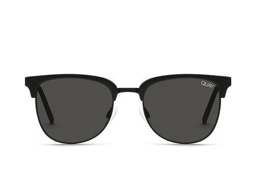 Quay Eyewear   Evasive   Matte Black