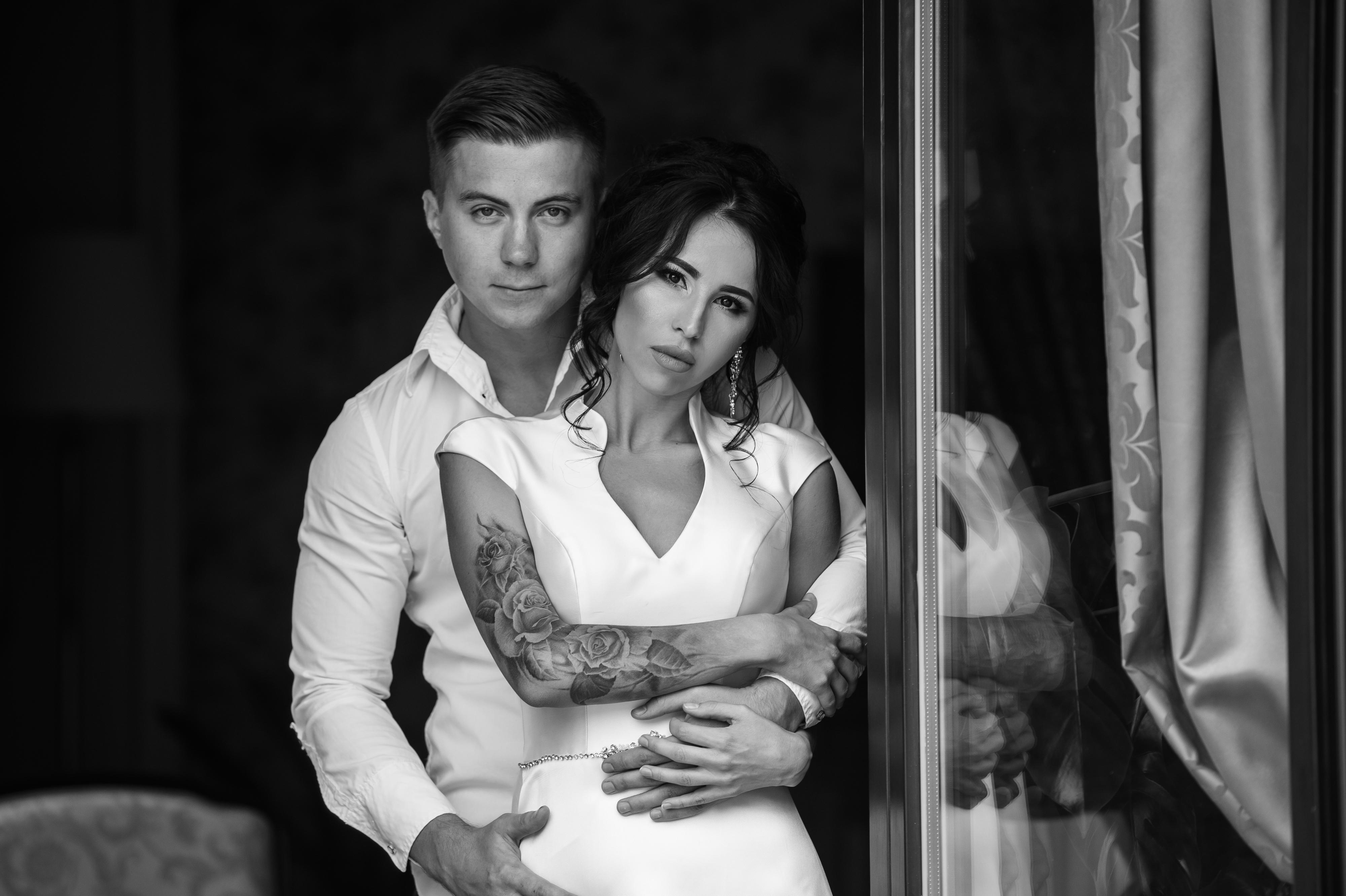 невеста с татуировкой