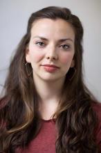 Violeta Picayo-headshot 2.jpg