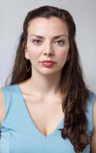 Violeta Picayo-headshot 4.jpg