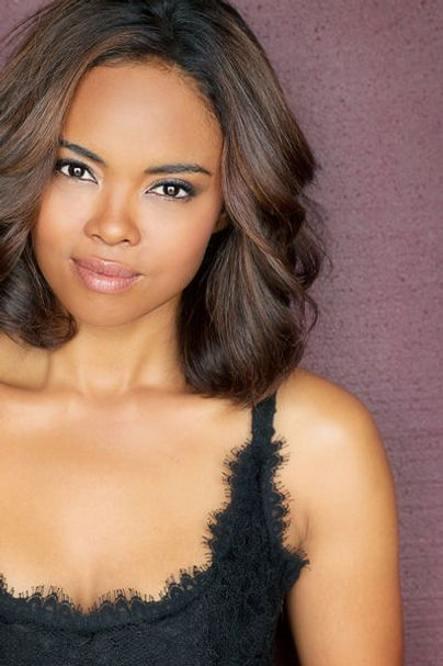 This Christmas Sharon Leal.Breaking News When You Ring Up Sharon Leal