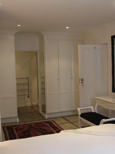 Cottage main bedroom2 - Copy.jpg