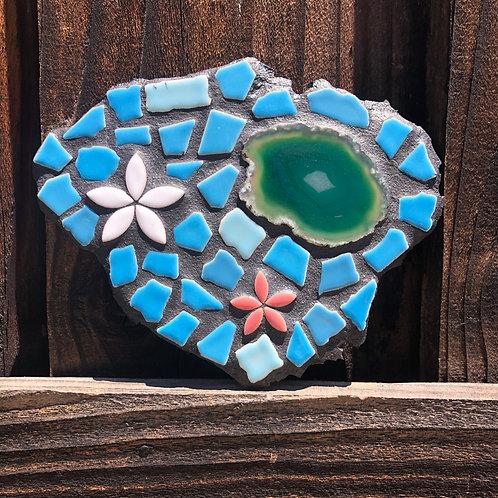 "Mosaic Kauai Hawaiian Island and Agate Stone Slice 7"" Inches"