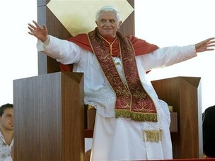 Pope Benedict XV1 resplendant