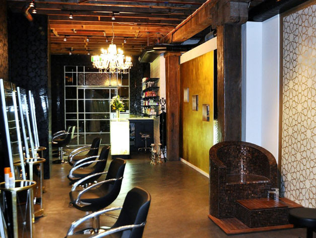 Trumps Salon Interior