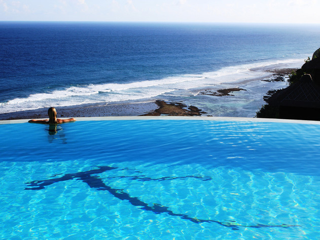 Kandara pool and vista
