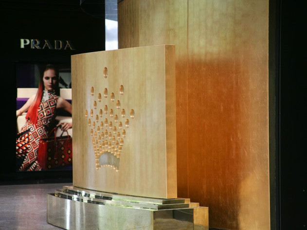 Exclusive entry . Crown Casino