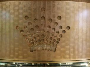 Crown insignia Melbourne