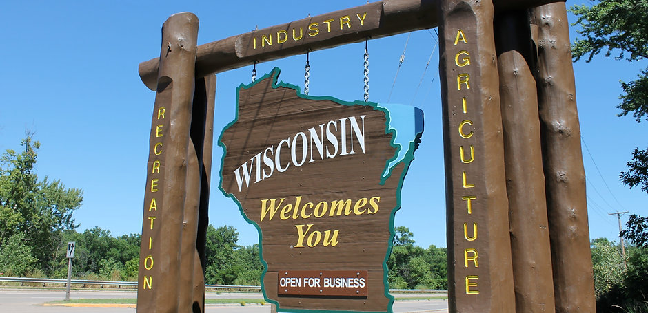 State of Wisconsin welcome sign.jpg