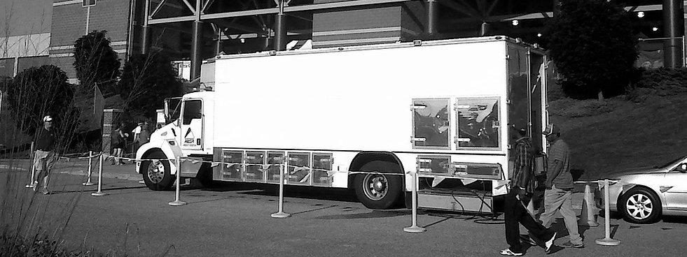 Truck_CMUBW2.jpg