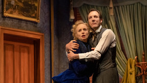 Review: Gaslight at Her Majesty's Theatre, Adelaide