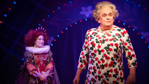 Review: Rise and Disguise of Elizabeth R at The Hayes Theatre