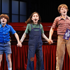 Review: Fun Home at Roslyn Packer Theatre