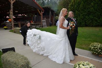 A quick fluff of the Bride's train...