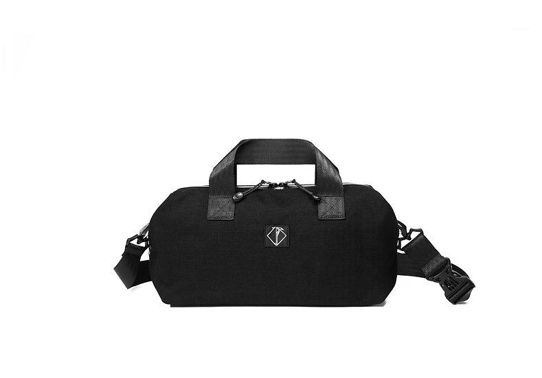 SMALL BLACK ORIGAMI BAG