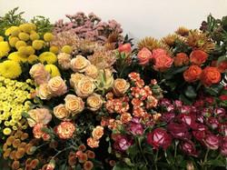 Table Roses oeillets statice craspedia m