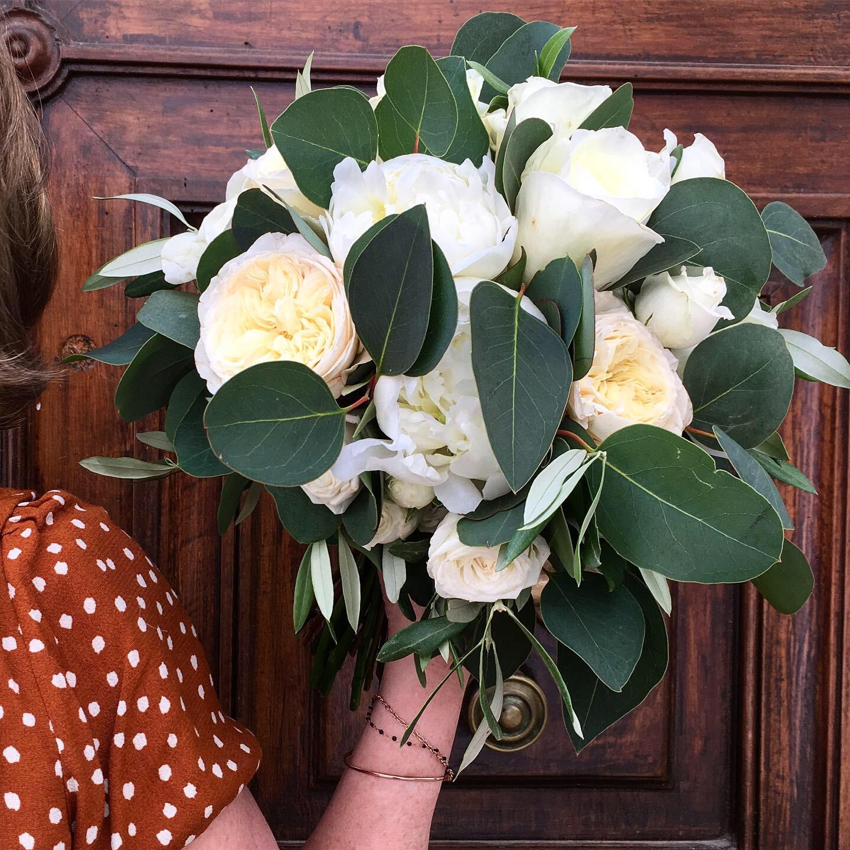 Bouquet marié roses de jardin Marlies Fl