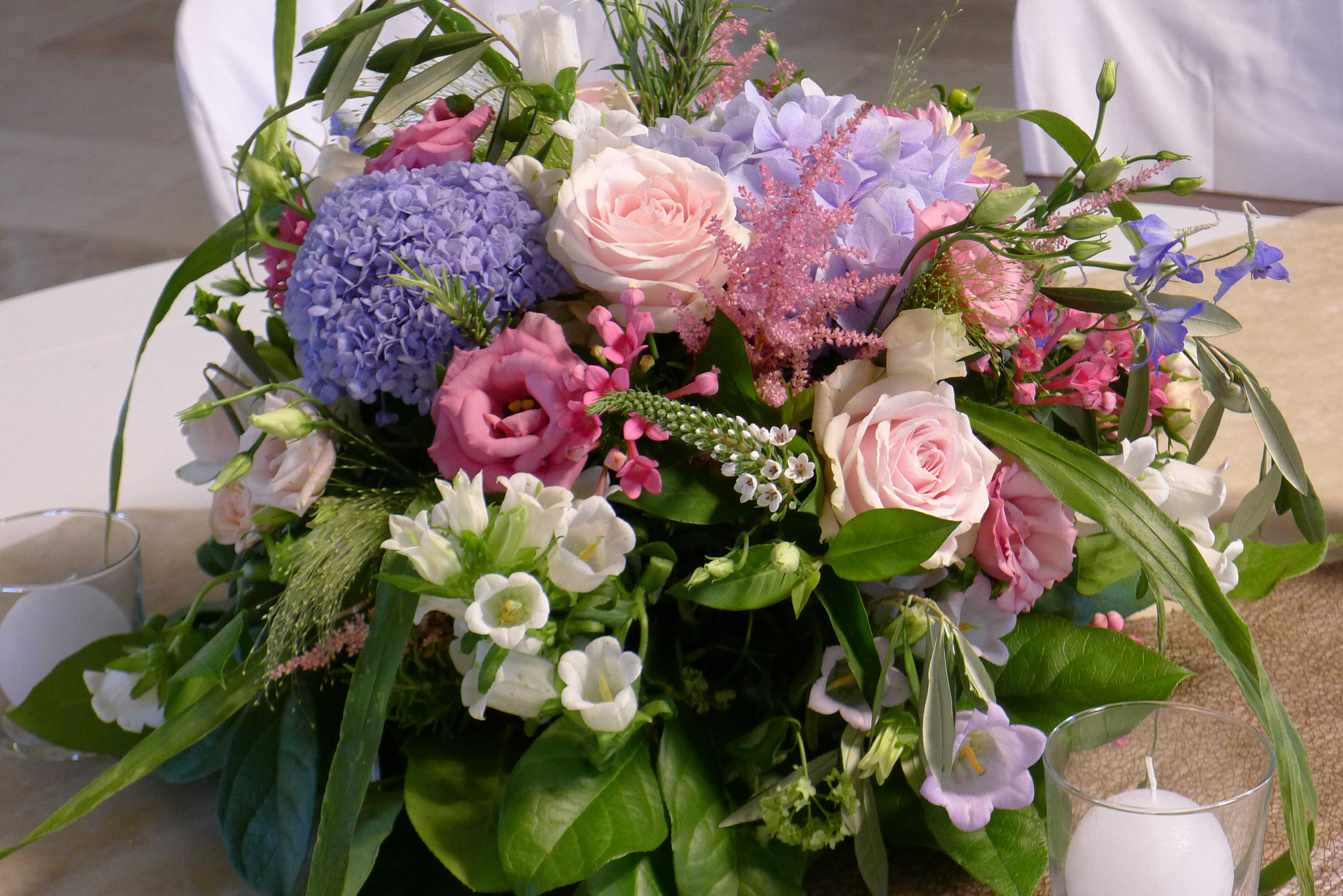 centre-de-table-mariage-hortensia-rose Marlies Fleurs fleuriste Nimes