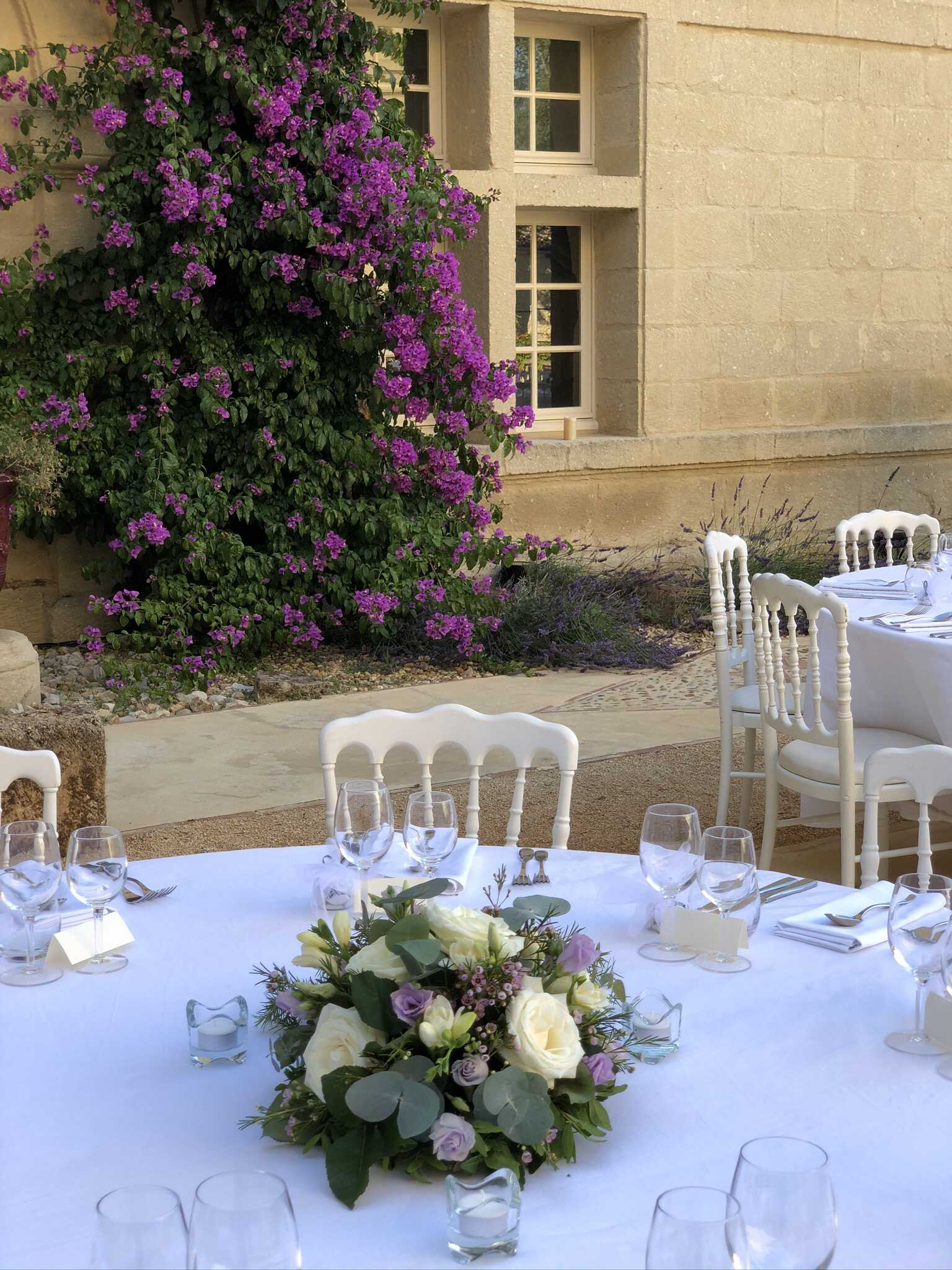 centre-de-table-mariage-chateau-de-pondres Marlies Fleurs fleuriste Nimes