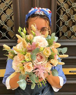 bouquet-mariée-lisianthus-roses-grappes-
