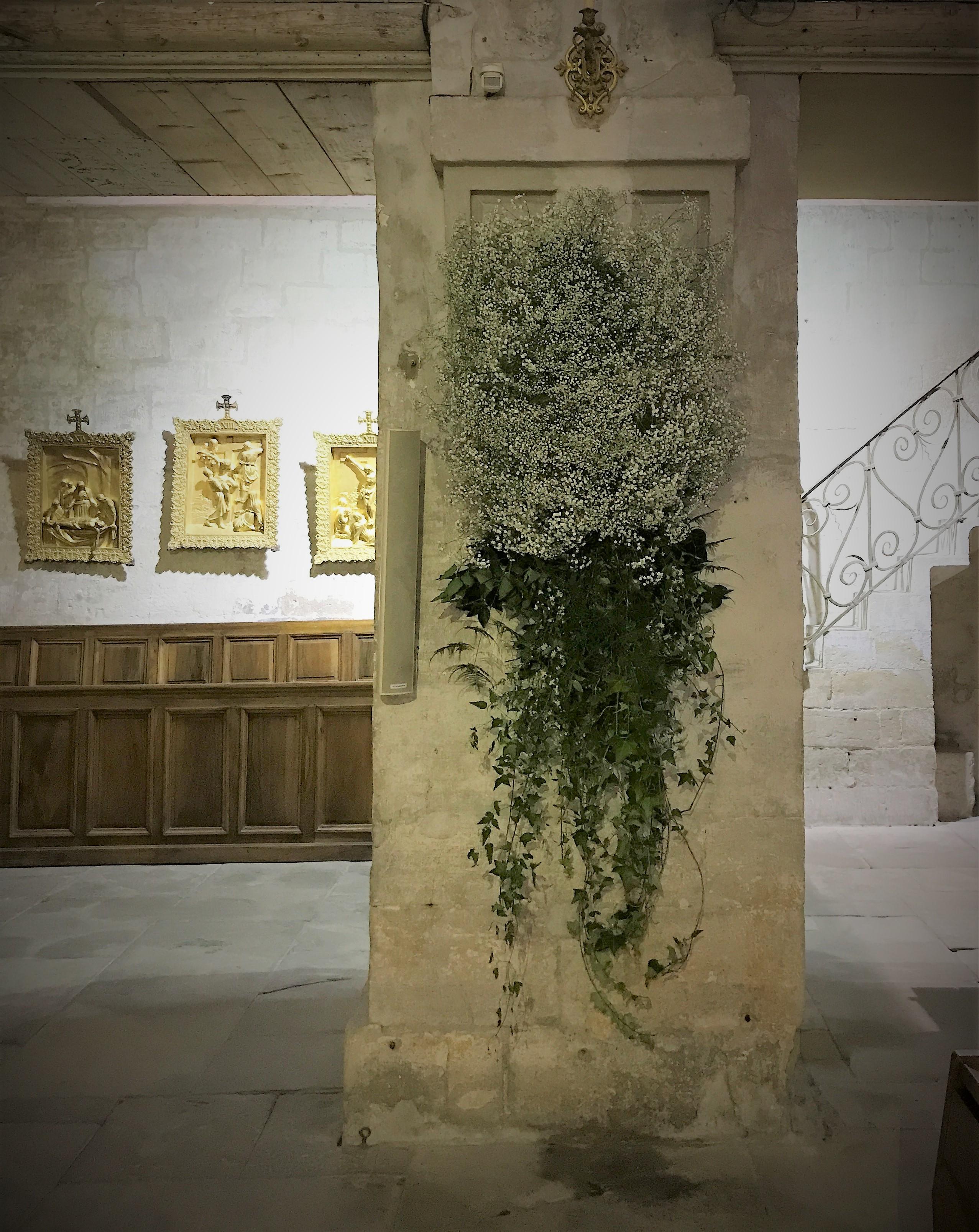 Cathédrale pilier gypsophile Marlies Fleurs fleuriste Nimes