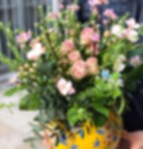 Bouquet roses et verdures