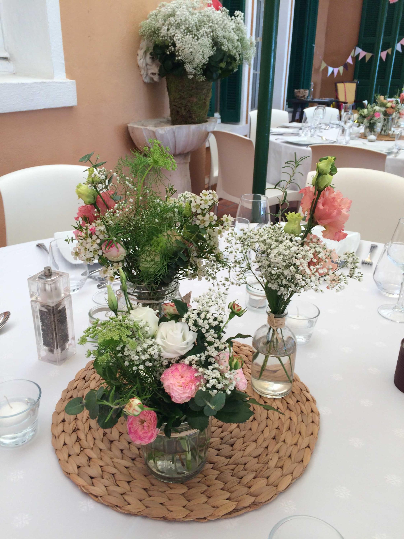 centre-de-table-mariage-roses-gypso-eucalyptus Marlies Fleurs fleuriste Nimes