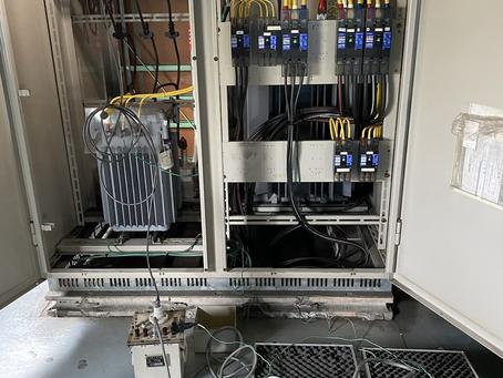 新設受変電設備の耐圧試験を実施しました。