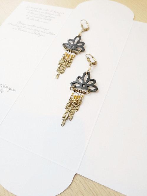 Nina gold chain