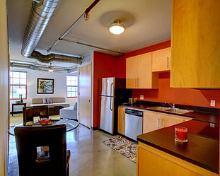 Five bedroom apartment for rent in Dinkytown Minnapolis
