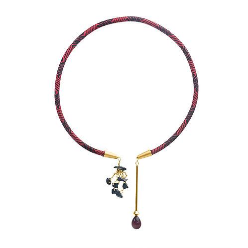 Asymmetric Torque Pendant-Onyx