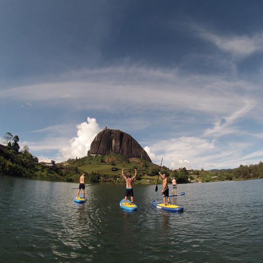 SUP stand up paddle guatape.JPG