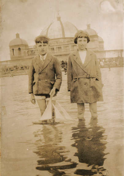 The Winter Holdiday. Rhyl, Wales. C.1920's