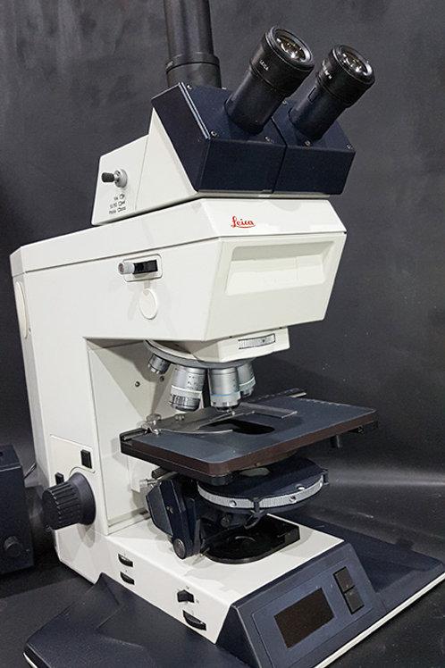 Leica 301-371.011 DMRBE Microscope