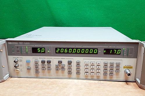 Agilent 8657B Signal Generator