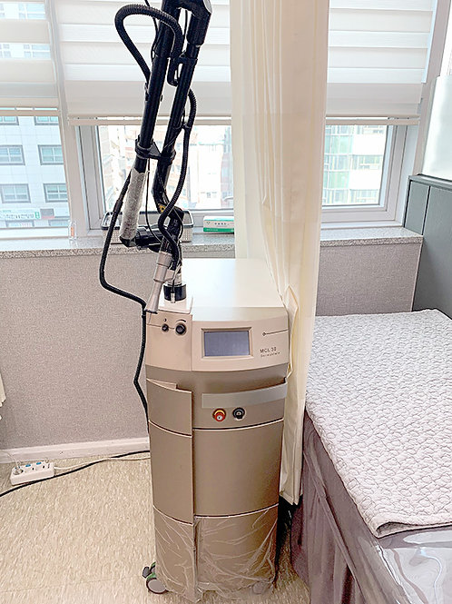 Asclepion MCL30 Dermablate Laser System
