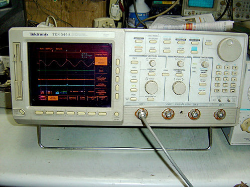 Tektronix TDS544A Oscilloscope
