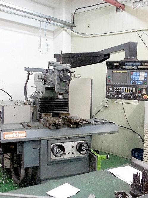 Makino 1312-06 CNC Mill