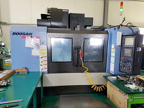 Doosan DNM500 Vertical Machining Center