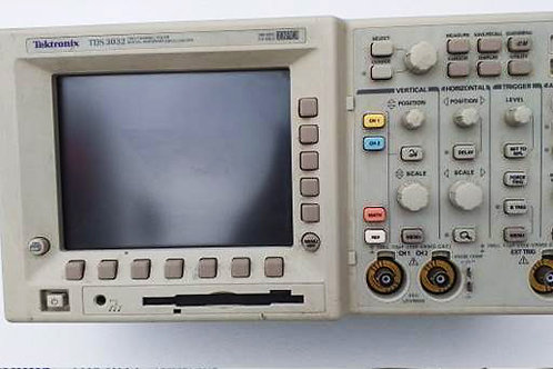 Tektronix TDS3032 2CH Color Digital Phosphor Oscilloscope
