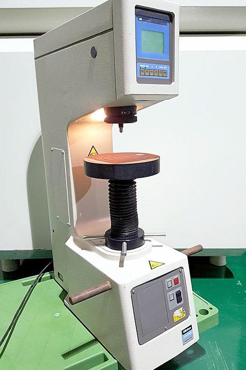 Mitutoyo Akashi ATK-F2000 Hardness Tester