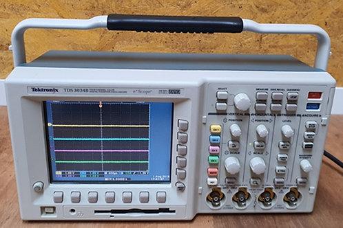 Tektronix TDS3034B 4Ch Color DPO 300Mhz/2.5GS/s Oscilloscope