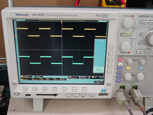 Tektronix MSO4032 Oscilloscope